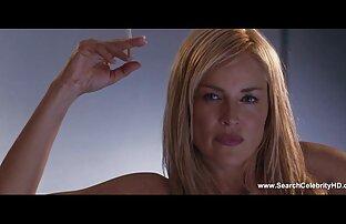 La jolie brune Tiffany reçoit un massage de la chatte extrait gratuit film porno francais avec une bite géante